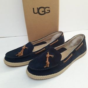 New Womens UGG Loafers Size 11